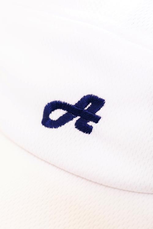「A」ロゴ刺繡ドライメッシュキャップ